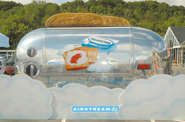 Airstream_Promotion_in_United_Kingdom.jpg