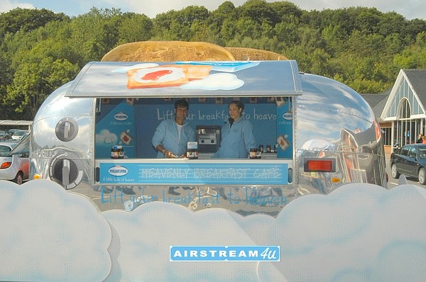Airstream_Promotion_in_United_Kingdom_open.jpg