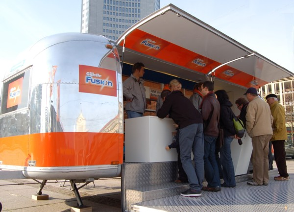 Airstream_Buehne_Roadshow_Stage_b.jpg