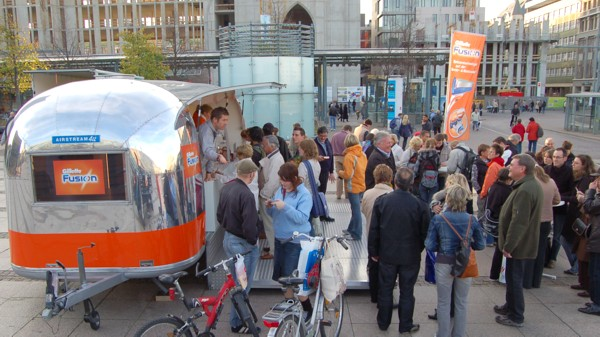 Airstream_Buehne_Roadshow_Stage_c.jpg