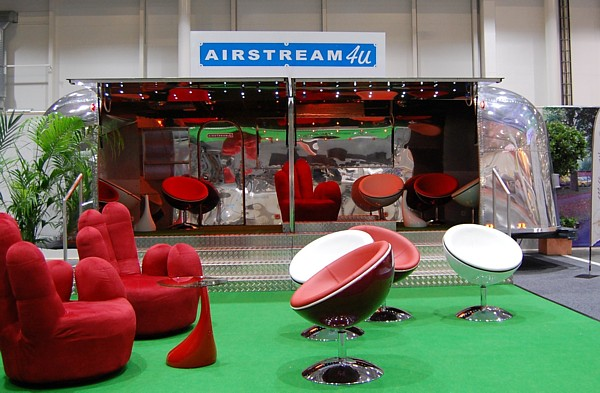 Airstream_Stage_Buehne_a.jpg
