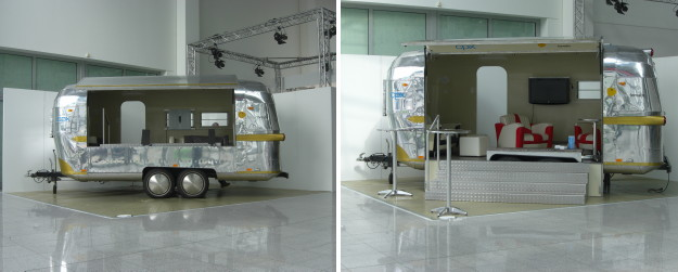 airstream4u_stageliner_at_trade_show.jpg