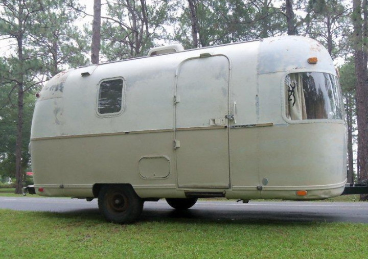 airstream_argosy_1973_20_feet_b.jpg