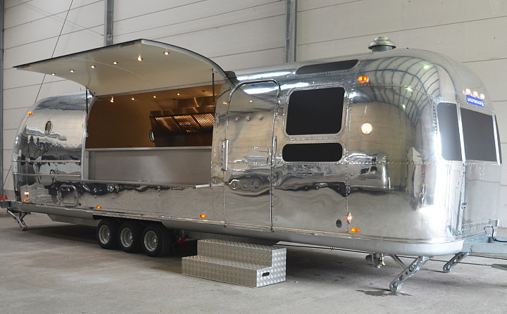 airstream4u_food_mobil.jpg