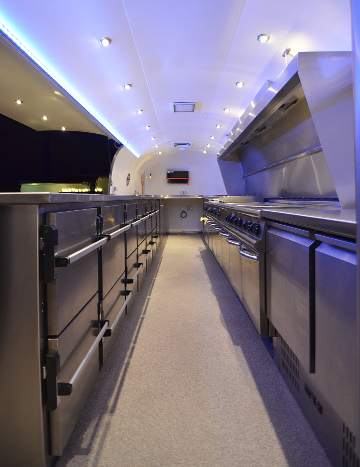 airstream_catering_foodmobile_e.jpg