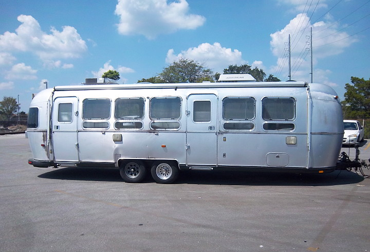 original_airstream_diner_XXL_1998.jpg