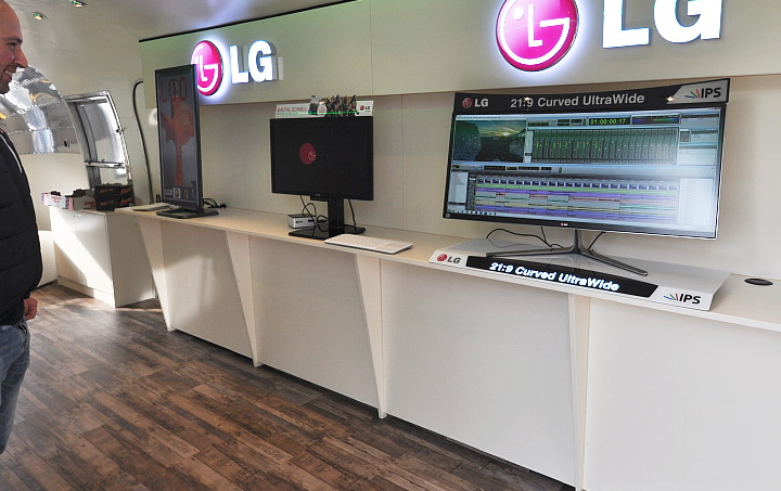 LG_ultra_wide_view.jpg