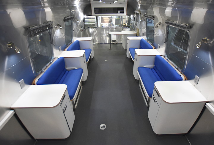 airstream_oxygen_bar_interior.jpg