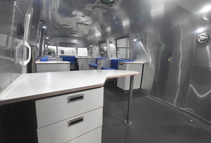 airstream_oxygen_bar_interior_counter_desk.jpg