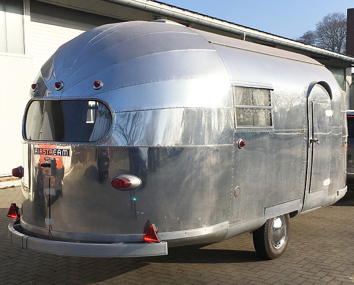 18ft_Airstream_Trailwind_18_Feet_german_TUEV.jpg