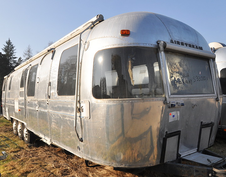 34ft_airstream_excella_1982_vintage_trailer.jpg