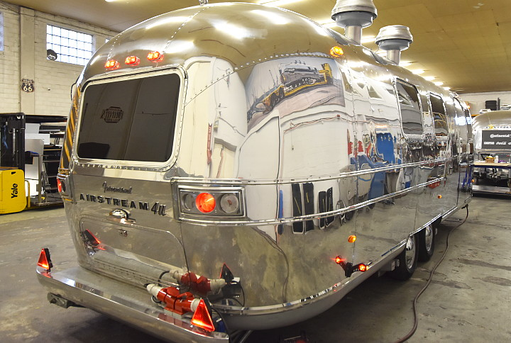 11er_genuss_bus_airstream4u_d.jpg