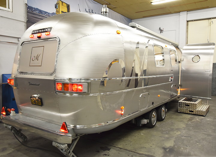 airstream4u_exterior_satin_polished.jpg